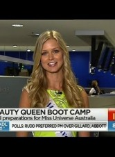 2012 Miss Universe Australia Renae Ayris Having Smartbleach Teeth Whitening On Sunrise